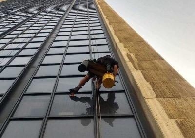עבודות גובה בסנפלינג - מרום צוק