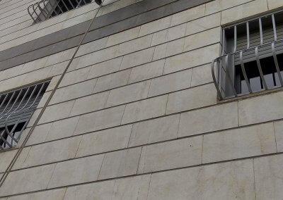 איטום קירות חוץ באמצעות סנפלינג
