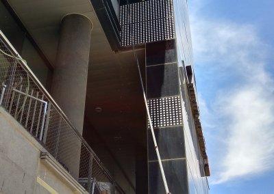 ניקוי חלונות באמצעות אוסמוזה הפוכה